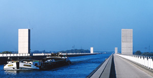Canon DSLR slide scan EOS 300 D Fuji Velvia 50 - thumb